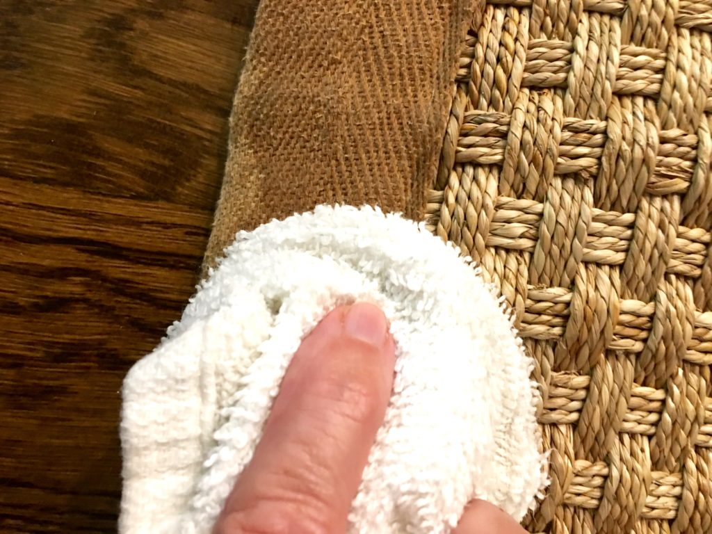 IMG 2501 1024x768 - How to Clean a Seagrass Rug Border