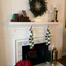 Christmas mantel - The 2 Seasons
