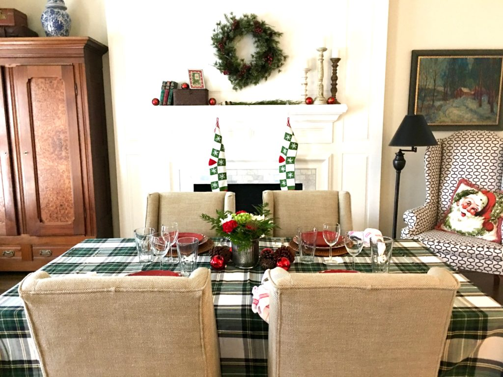 Christmas table - The 2 Seasons
