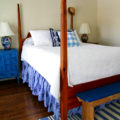 Townhouse guest bedroom - The 2 Seasons