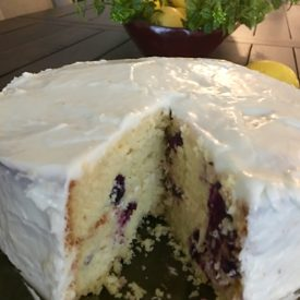 Lemon blueberry cake - the 2 Seasons