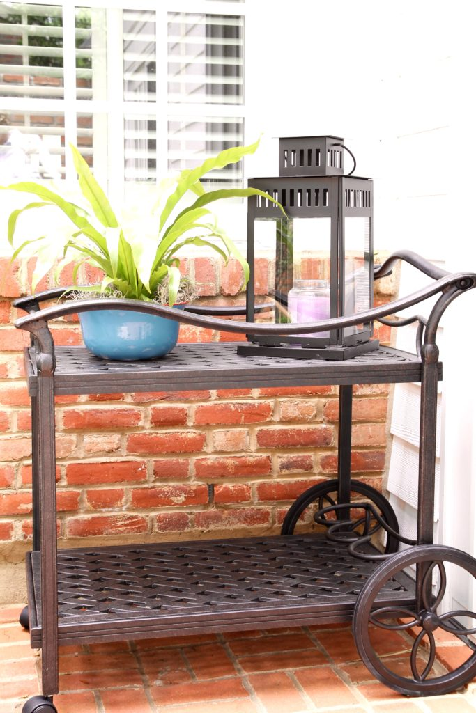 Outdoor bar cart - The 2 Seasons
