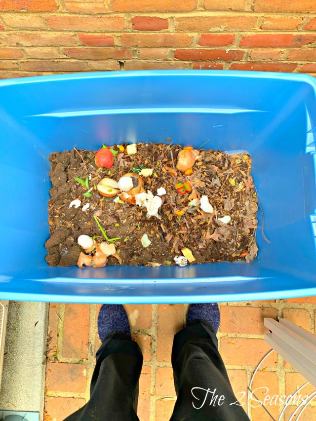 DIY Compost Bin2 640x853 - How to Make a Simple Compost Bin