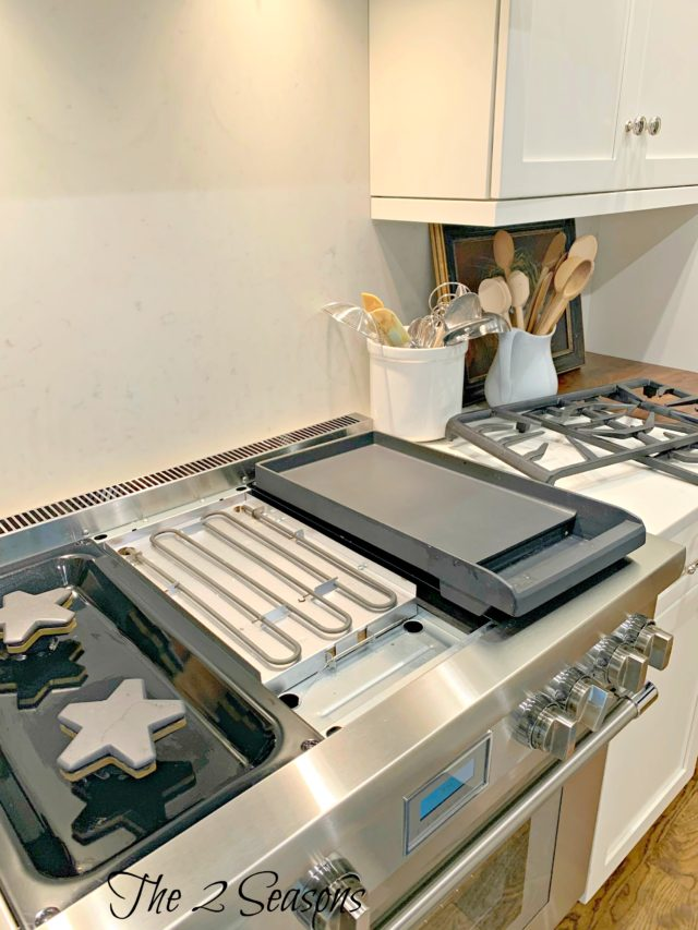 Kitchen 1 1 640x853 - Clean These Forgotten Kitchen Items